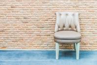 Krzesła tapicerowane — wygoda i elegancja